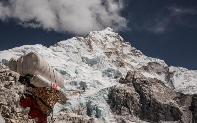 Felicidad Indirecta, la alegría de ser un sherpa