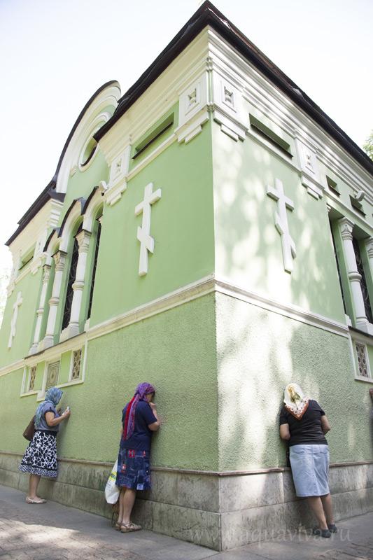 Часовня св. блаж. Ксении на Смоленском кладбище