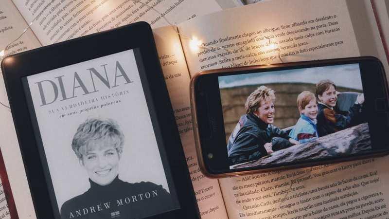Resenha | Diana, sua verdadeira história. Em suas próprias palavras