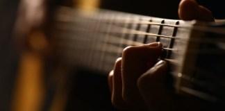 Guitarra flamenca 123rf