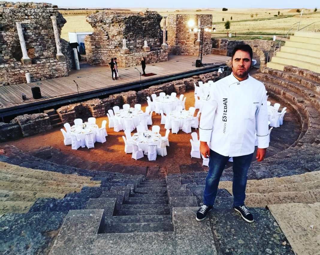Esteban en anfiteatro