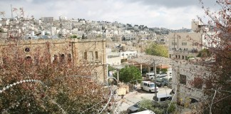 UNRWA/Marwan Baghdadi: El asentamiento Beit Hadassah en la zona H2 de Hebrón, Cisjordania