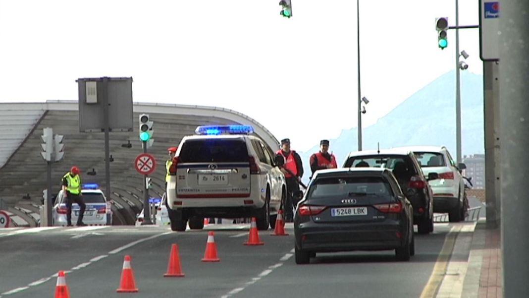 Control policial en las calles de Bilbao