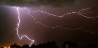 Tormenta rayos sobre Madrid