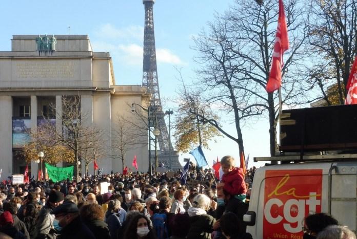 Paris 21NOV2020 Trocadero libertad