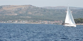Croacia costa dálmata velero © abianco