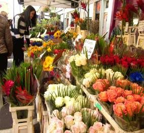 LONDON (Columbia Road Flower Market), England