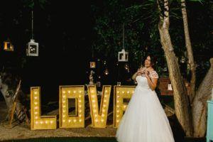 novia con mucho love