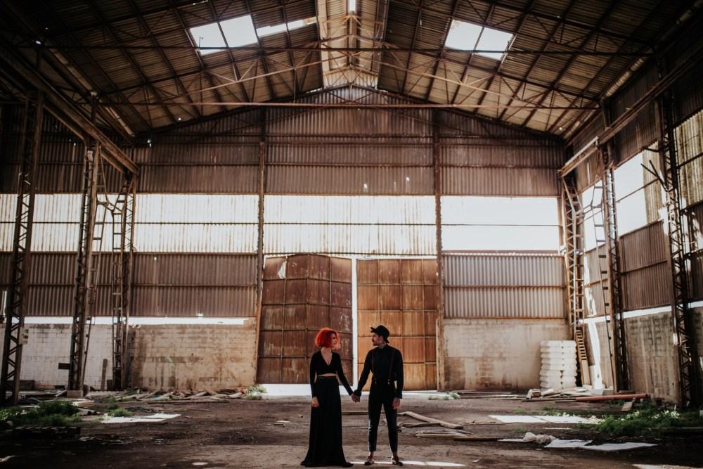 boda en una fabrica