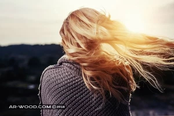 الشعر الاشقر في المنام للعزباء