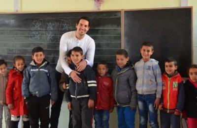 12201814204824757 معلم مغربي ينافس على جائزة  : أفضل معلم في العالم Actualités