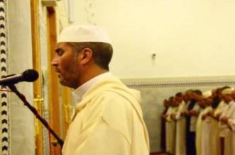 تفاصيل الاعتداء على المقرئ عيون الكوشي داخل المسجد