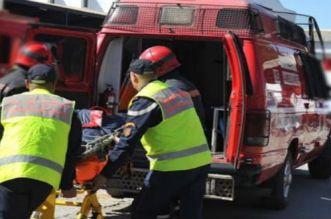 مصرع شاب وإصابة آخرين في حادثة انقلاب سيارة بأحد المنعرجات