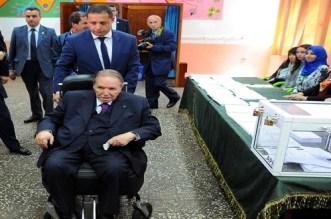 الجزائر.. السجن لمن يروج خبر وفاة بوتفليقة