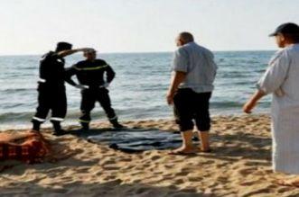 شاطئ سلا يلفظ جثة شاب مجهول الهوية