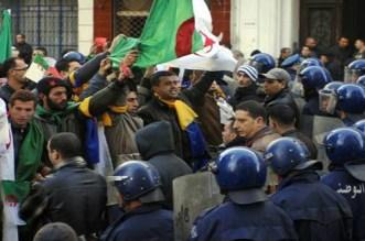 """الجزائر.. توقيف خمسة أشخاص خطّطوا لعمل """"إرهابي"""" ضد المتظاهرين"""