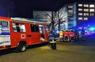 مصرع شخص وإصابة 14 آخرين جراء حريق بمستشفى في ألمانيا