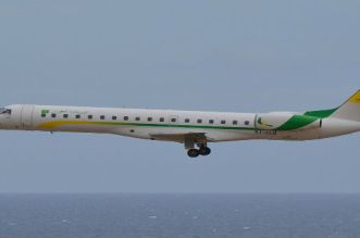 طائرة موريتانية تحط اضطراريا بمطار مراكش