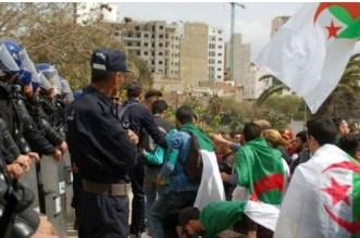 الجزائر.. محتجون يحتلون الشوارع ضدا في النظام للجمعة التاسعة على التوالي