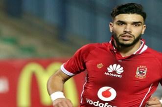نجم الكرة المصرية يشن هجوما قويا على وليد أزارو