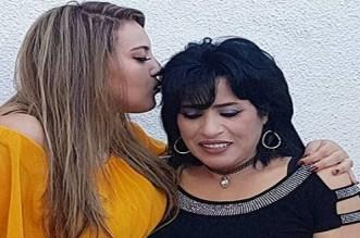 """بالفيديو.. """"صوت الحسن ينادي"""" تجمع بطمة بنجاة عتابو وابنتها والأخيرة تكشف التفاصيل"""
