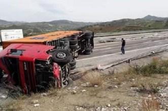 """حادث سير """"خطير"""" بطنجة يُربك حركة المرور"""