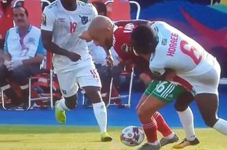 بالفيديو.. اللقطة التي أثارت الجدل في مباراة المغرب وناميبيا