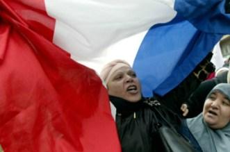 الخلط بين الإرهاب والمسلمين يغلق مساجد المغاربة بفرنسا