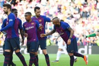 """نجم برشلونة يثير الجدل عقب ظهوره بقميص """"فلامينغو"""""""