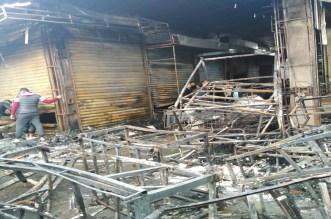 حريق مهول يلتهم العشرات من المحلات التجارية بإنزكان