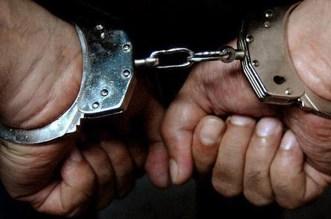اعتقال شخص اغتصب فتاة قاصر وتسبّب في حملها