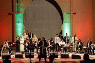 بالصور.. مهرجان الرسالة للأغنية العربية والروحية يسدل دورته الثانية بوجدة