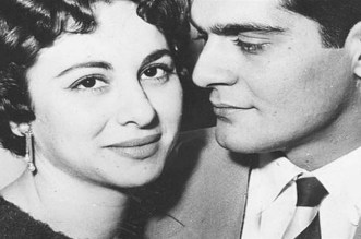 الإعلام المصري يكشف أسرار قبلة فاتن حمامة التي أفقدت عمر الشريف وعيه