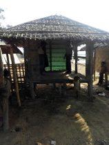 قوات الأمن في ميانمار تهدم 15 منزلا للسكان الروهنغيا