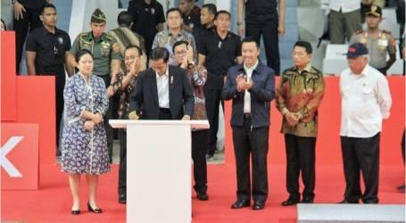 الرئيس جوكو ويدودو يدشن قاعة الرياضة إيستورا بعد طبعة جديدة