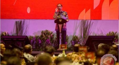 الرئيس جوكوي يطلب من القطاع المالي عدم تبني سياسة الانتظار و الترقب
