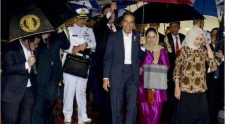 الرئيس جوكو ويدودو يعود إلى الوطن بعد جولة لبلدان جنوب آسيا