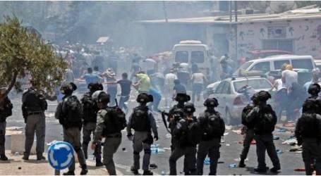 إصابة 148 فلسطينيا في مواجهات مع الجيش الإسرائيلي بالضفة وغزة