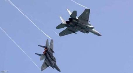 """طائرات إسرائيلية تقصف مرصدًا لـ """"كتائب القسام"""" جنوبي غزة"""