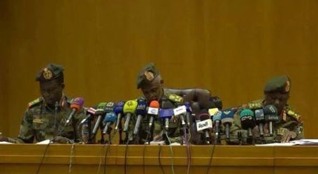 المجلس العسكري بالسودان: لم نقم بانقلاب ولا نطمع بالحكم