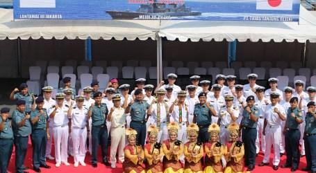 سفينة حربية يابانية تعقد زيارة فخرية لإندونيسيا