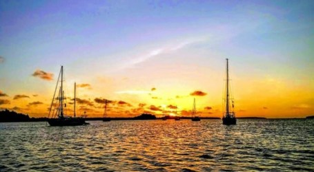 وصول 18 يختًا إلى جنوب مالوكو ، للإبحار الرائع إلى إندونيسيا