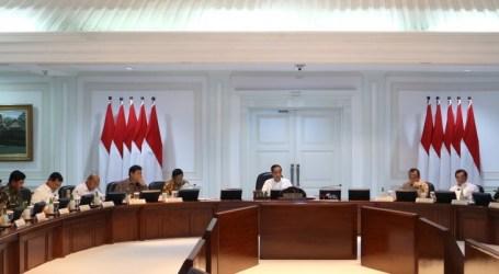 الرئيس جوكو ويدودو يأمر الوزارات بخفض واردات الأسلحة