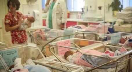 إسرائيل تعترف بتسليم 192 طفلا من فلسطينيي الداخل للتبني في السويد