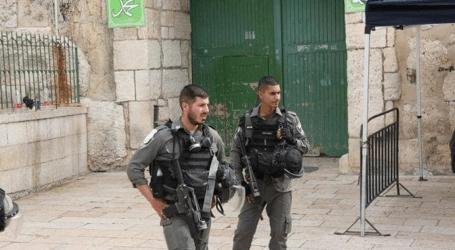 قوات الاحتلال تقتحم الأقصى وصبري يحذر من مخطط يستهدف أعداد  المصلين