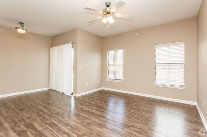 7601 Gateway Blvd Live Oak Tx 78233