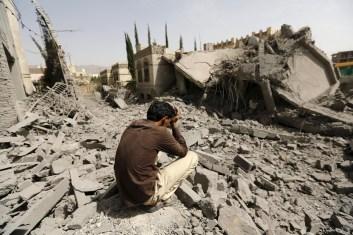 القصف العشوائي على اليمن (رويترز)