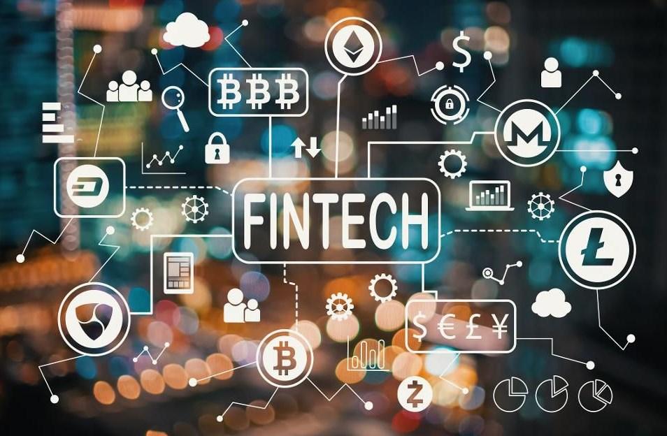 ما هي التكنولوجيا المالية (FinTech)؟