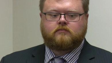 رجل يرفع دعوى قضائية ضد شركة الريبل لعدم تمكنه من أن يصبح مليونير بعد!