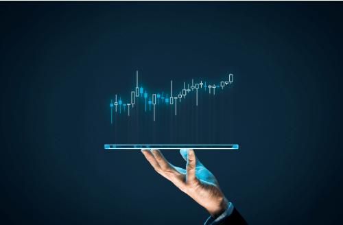 """عملة البيتكوين أقل تقلبا من العديد من أسهم """"S&P 500"""""""